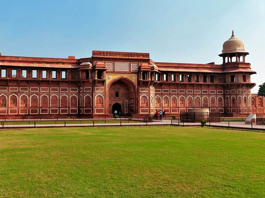 Delhi Agra Jaipur Tour 3 Nights / 4 Days